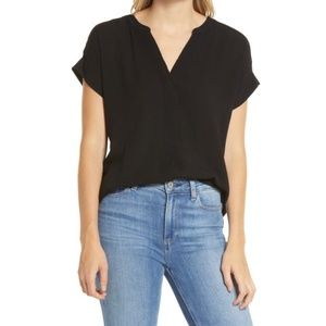 NWT Vince Camuto Black Short Sleeve Top - M